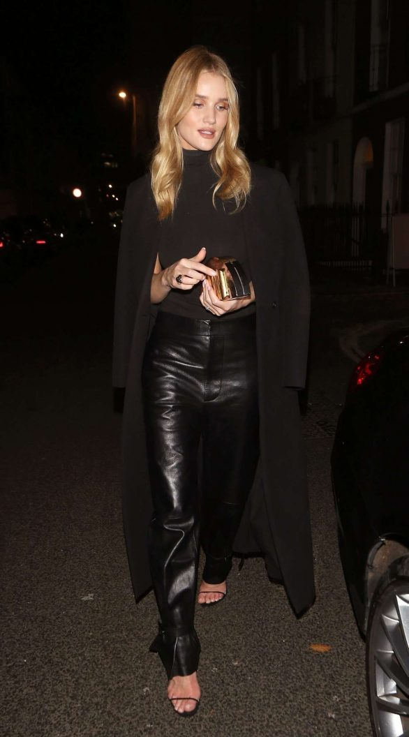 Rosie Huntington Whiteley 2019 : Rosie Huntington Whiteley in Leather Pants-01