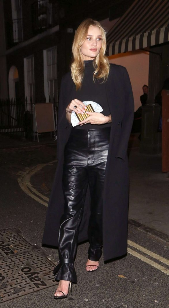 Rosie Huntington Whiteley 2019 : Rosie Huntington Whiteley in Leather Pants-11
