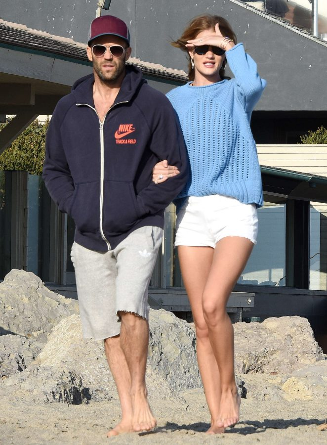 Rosie Huntington Whiteley in Shorts -03