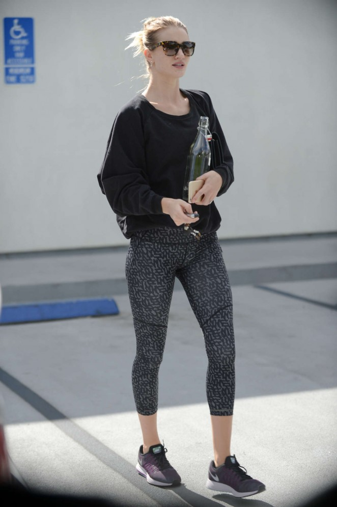 Rosie Huntington Whiteley in Spandex Leaves the gym in West Hollywood