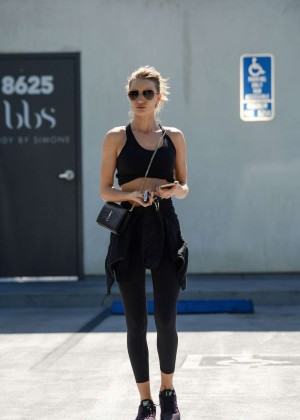 Rosie Huntington Whiteley in Tights Leaves a Gym in West Hollywood