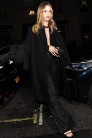 Rosie Huntington Whiteley - Leaves Harvey Nichols department store in London