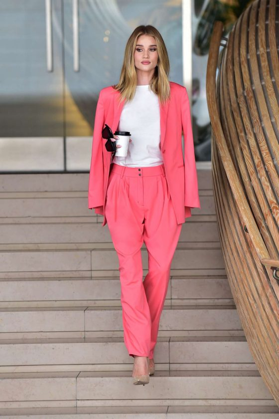 Rosie Huntington Whiteley - Leaving an Office Building in Beverly Hills