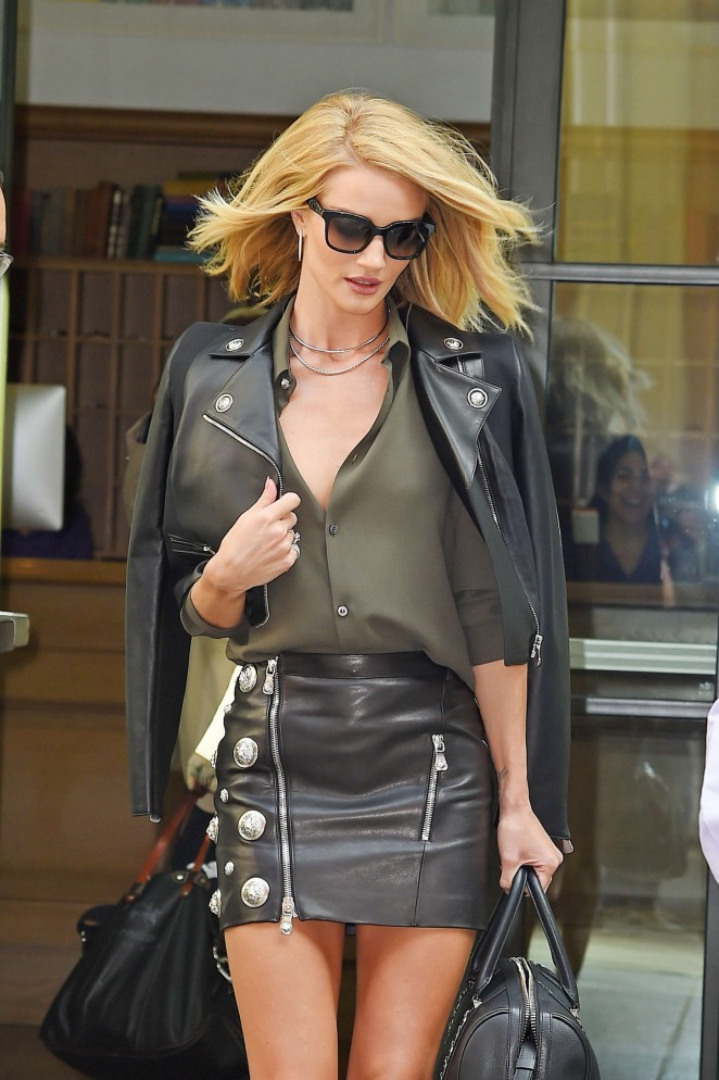 Rosie Huntington Whiteley – Leaving her hotel in NYC
