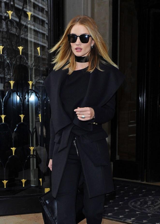 Rosie Huntington Whiteley - Leaving her hotel in Paris