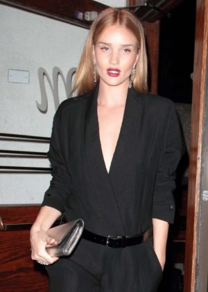 Rosie Huntington Whiteley - Leaving the Madeo restaurant in West Hollywood