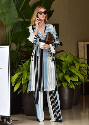 Rosie Huntington Whiteley - Out for coffee in Beverly Hills