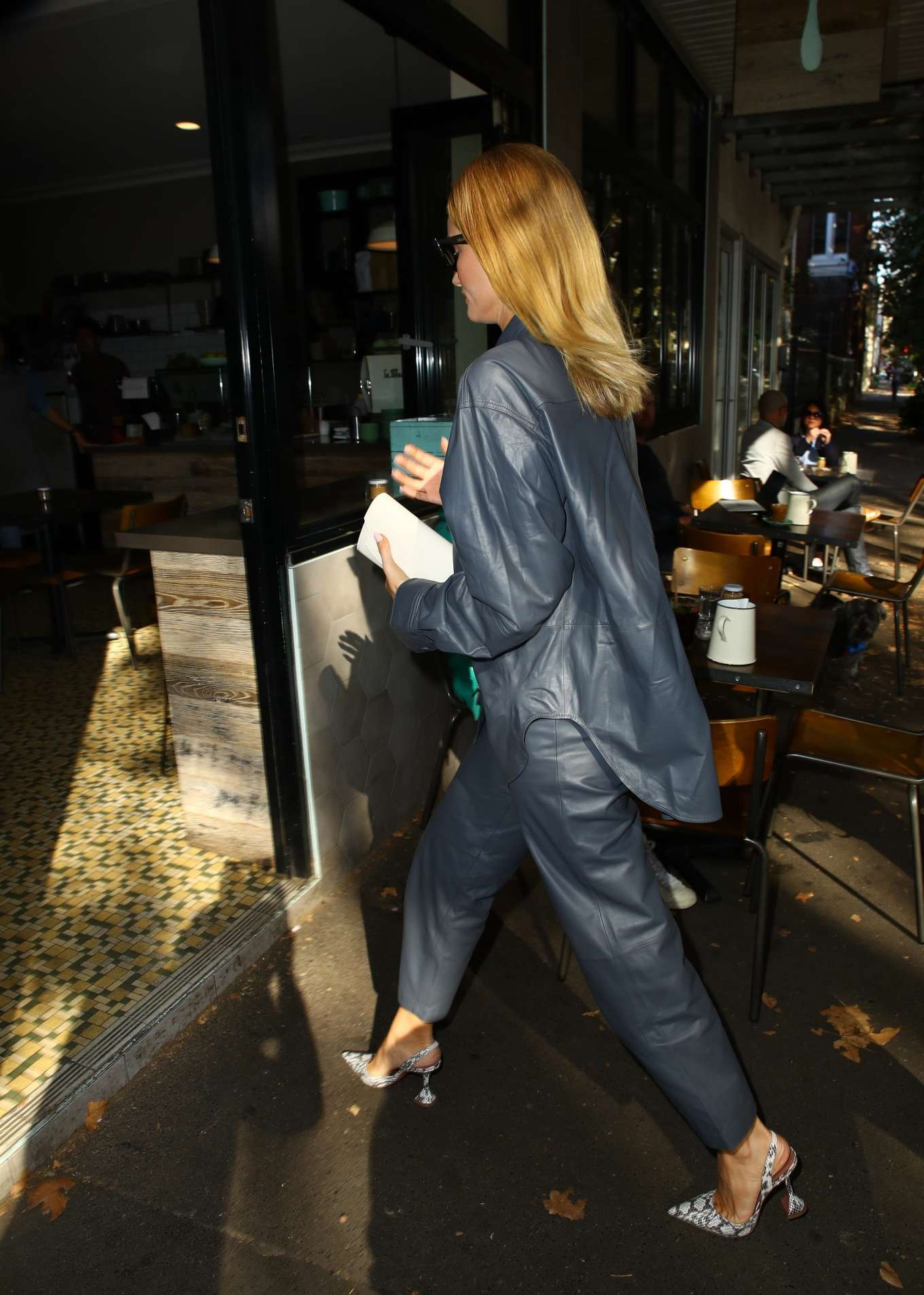 Rosie Huntington Whiteley 2019 : Rosie Huntington Whiteley: Out for coffee in Surry Hills-04