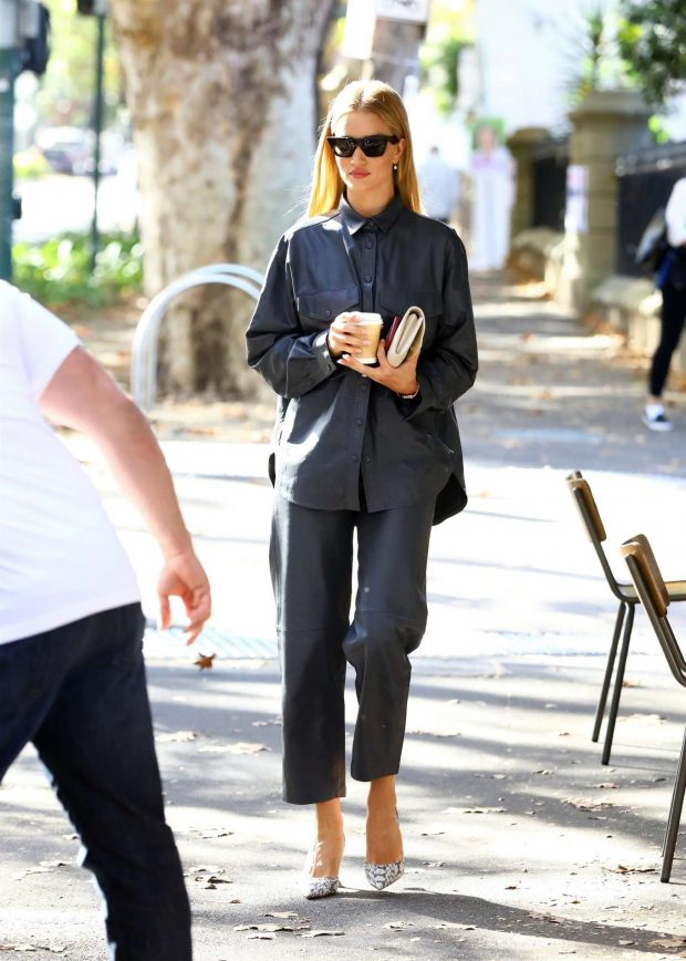 Rosie Huntington Whiteley 2019 : Rosie Huntington Whiteley: Out for coffee in Surry Hills-19