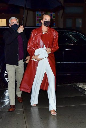 Rosie Huntington-Whiteley - Out to dinner at Waverly Inn in New York