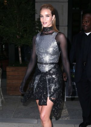 Rosie Huntington-Whiteley - Seen outside her hotel in NYC