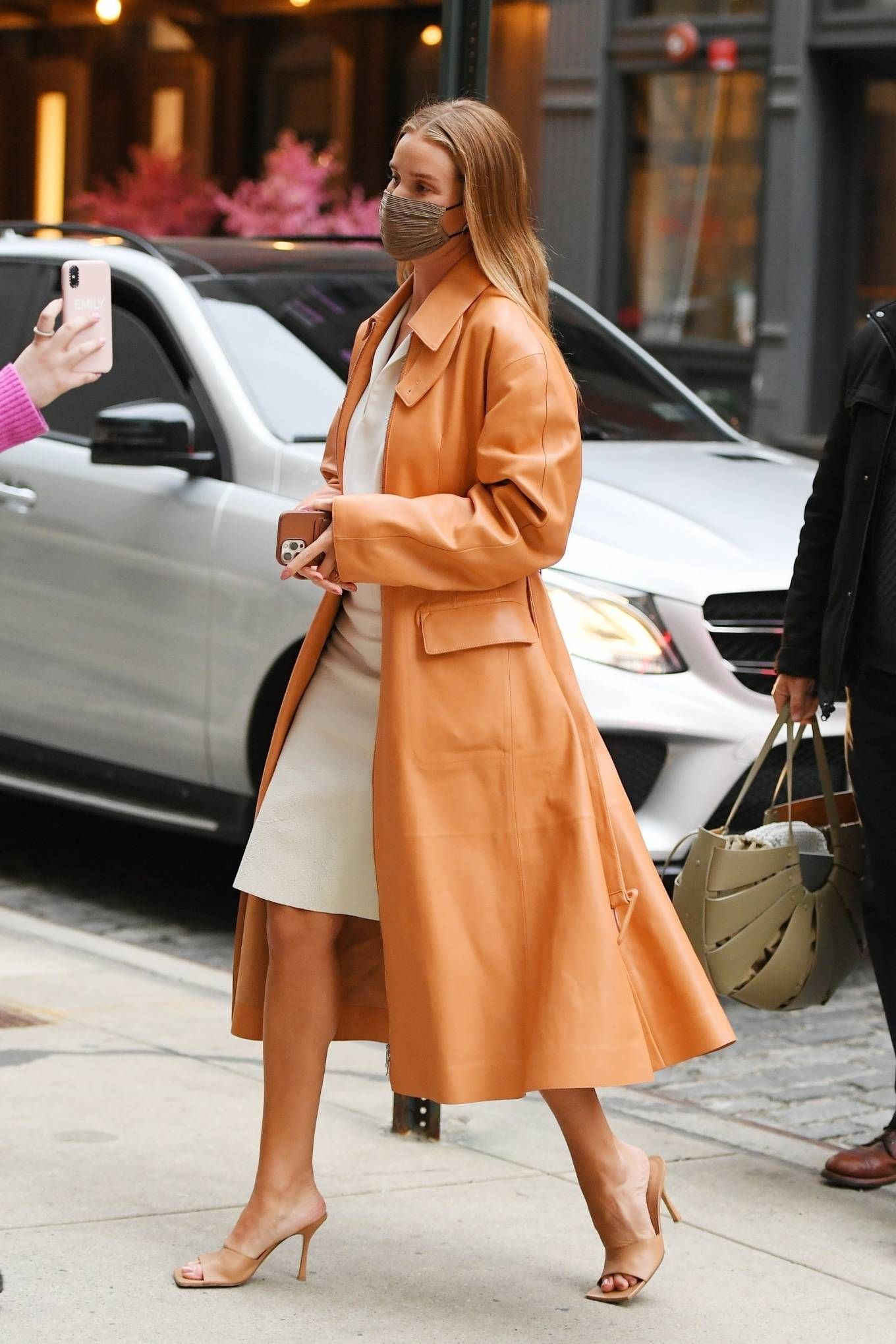 Rosie Huntington-Whiteley 2021 : Rosie Huntington-Whiteley – With a coral-hued trench coat in New York-07