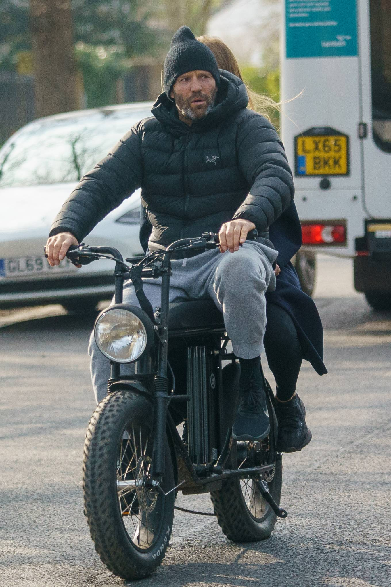 Rosie Huntington-Whiteley 2021 : Rosie Huntington-Whiteley – With Jason Statham ride electric bike in London-12
