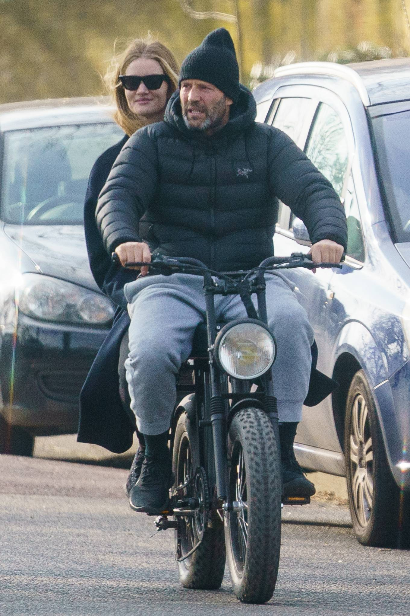 Rosie Huntington-Whiteley 2021 : Rosie Huntington-Whiteley – With Jason Statham ride electric bike in London-14