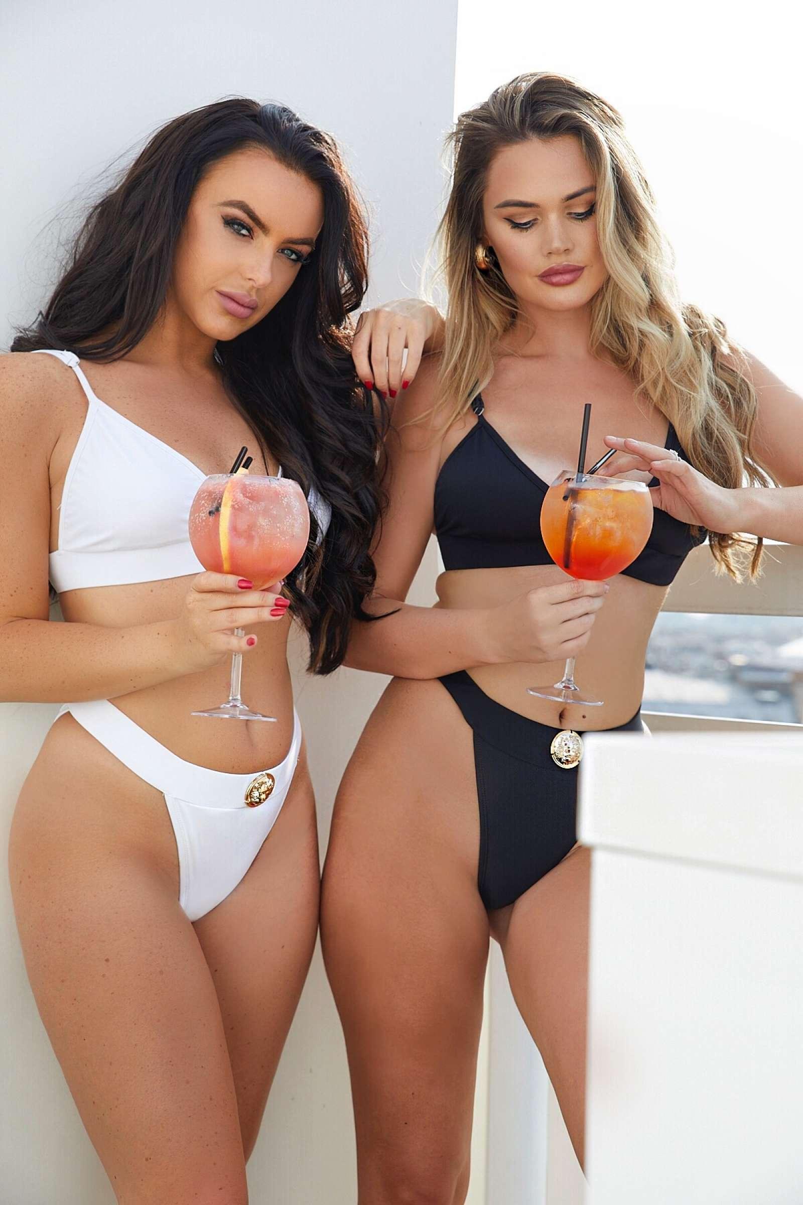 Rosie Williams and Rachel Ward in Bikini 2018 -08   GotCeleb