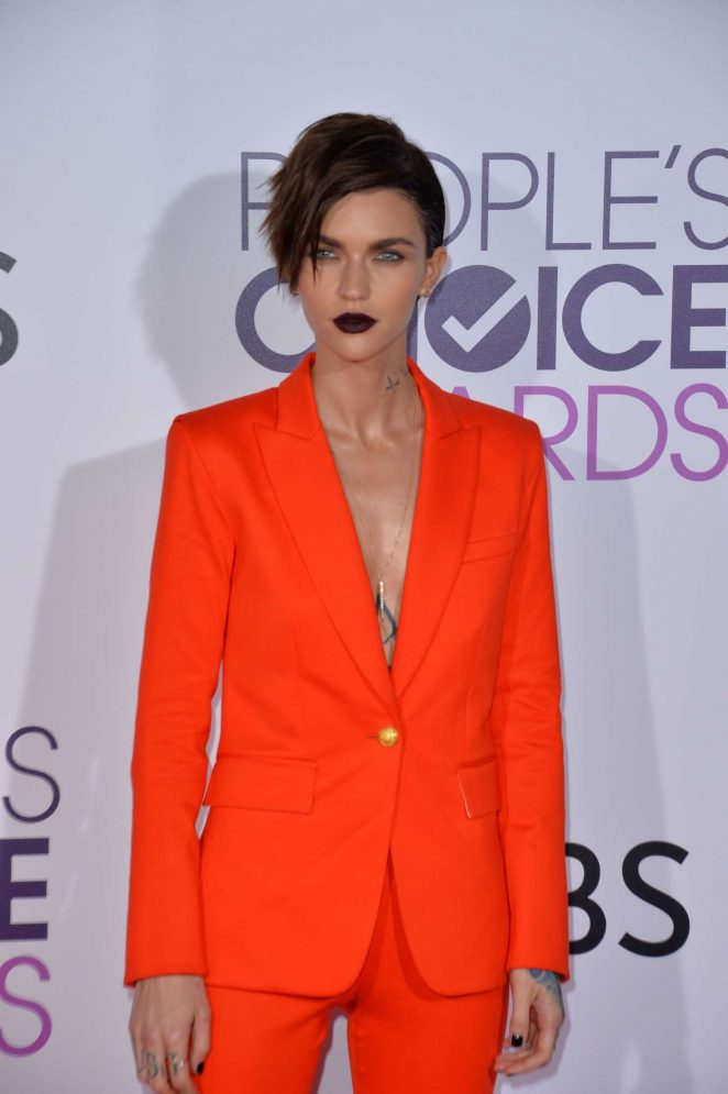 Ruby Rose – 2017 People's Choice Awards in Los Angeles