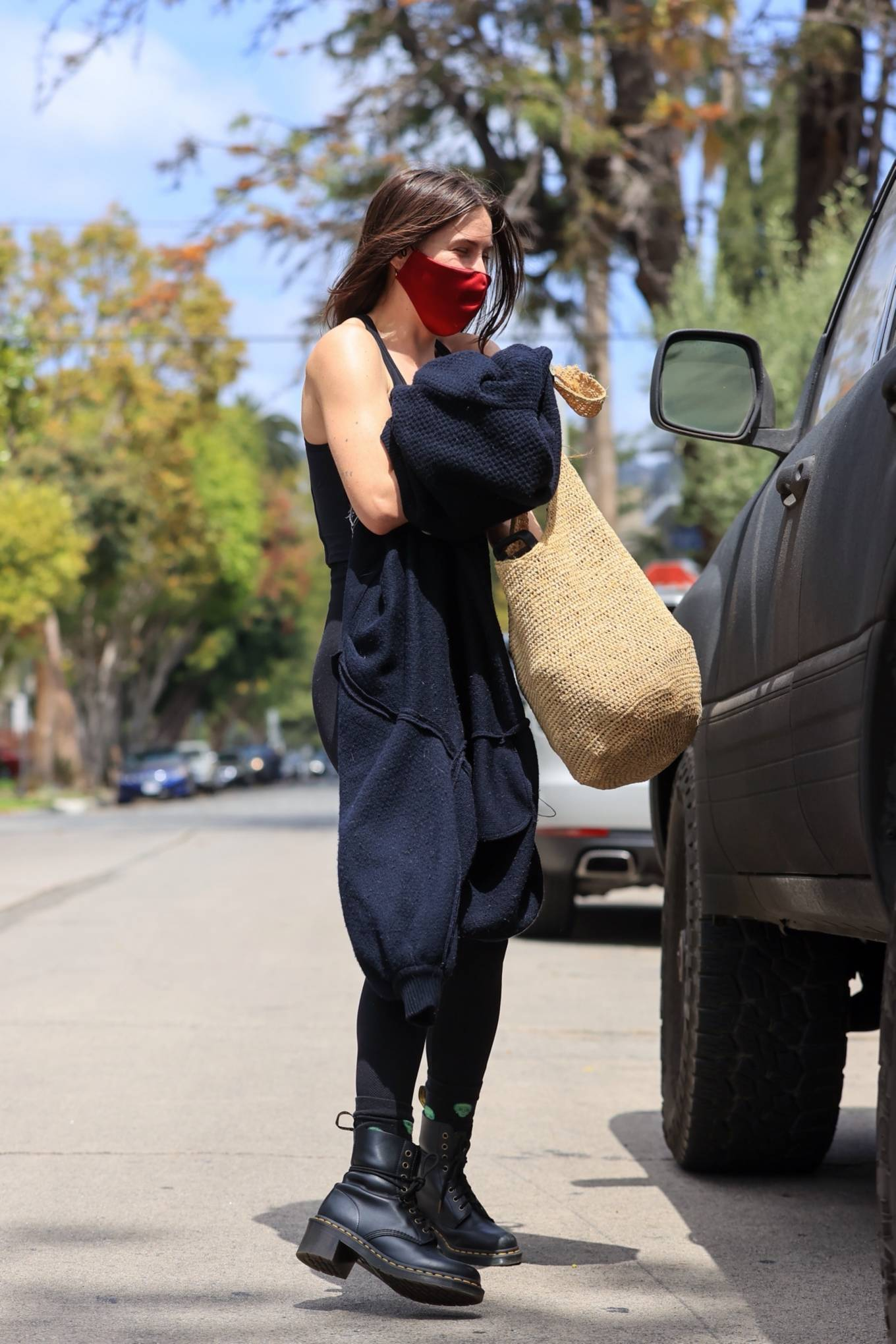 Rumer Willis 2021 : Rumer and Scout Willis – Out for a pilates session in West Hollywood-09