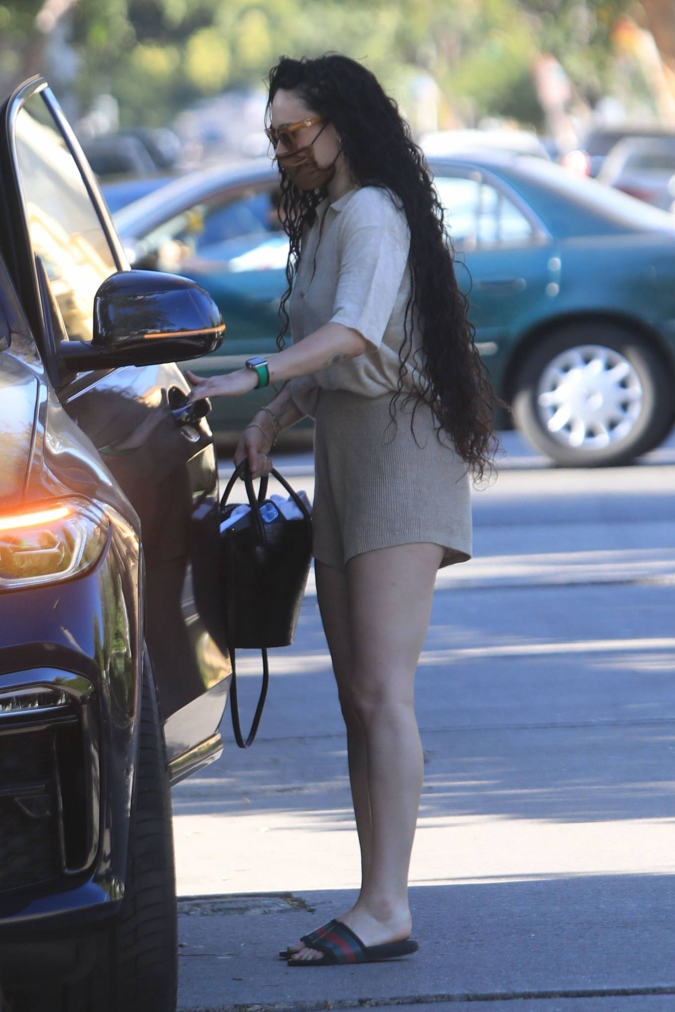 Rumer Willis 2021 : Rumer and Scout Willis – Spotted after a pilates class in West Hollywood-19