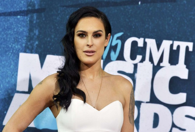 Rumer Willis: 2015 CMT Music Awards -03