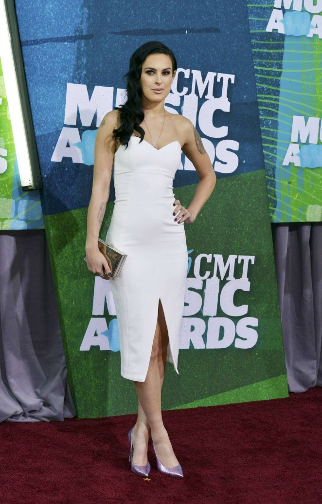 Rumer Willis: 2015 CMT Music Awards -05