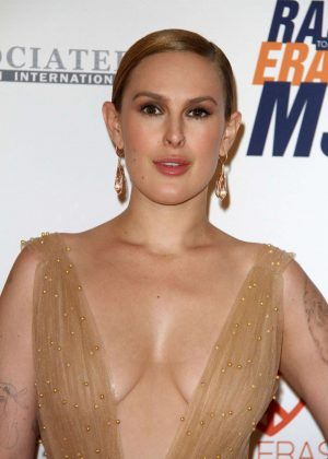 Rumer Willis - 2018 Race to Erase MS Gala in Los Angeles