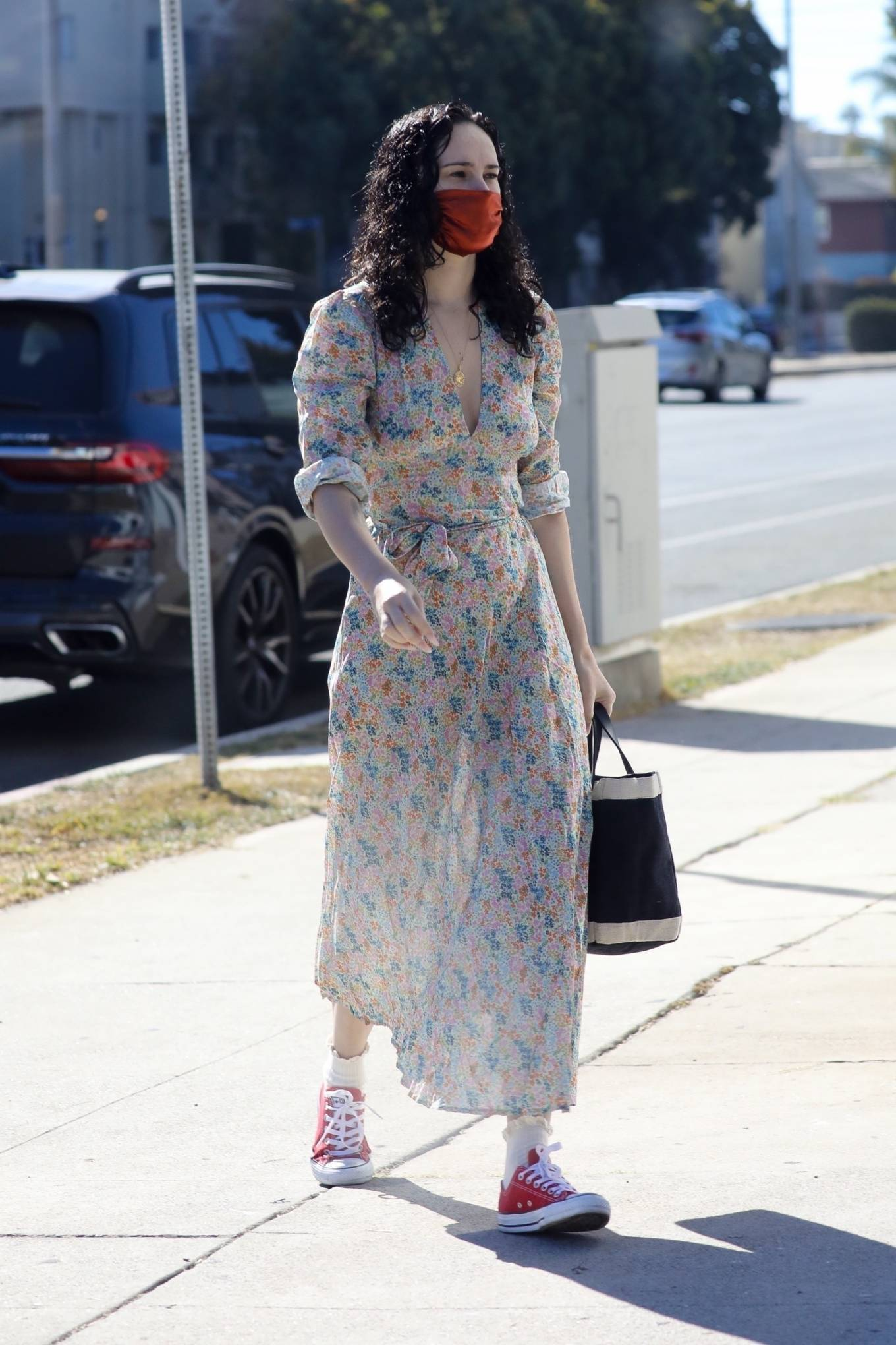 Rumer Willis 2020 : Rumer Willis – In a dress while getting her nails done in Los Angeles-13