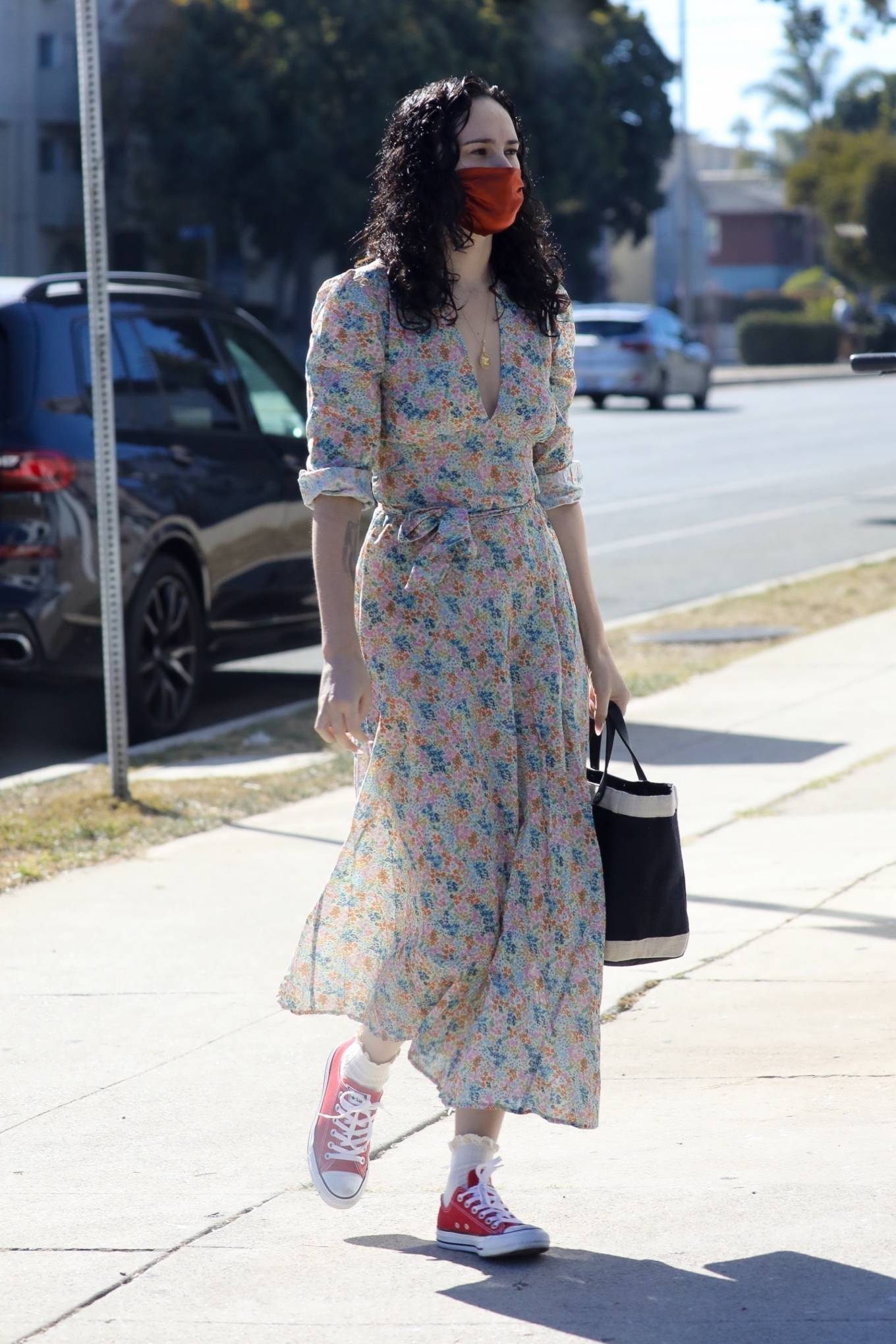 Rumer Willis 2020 : Rumer Willis – In a dress while getting her nails done in Los Angeles-15