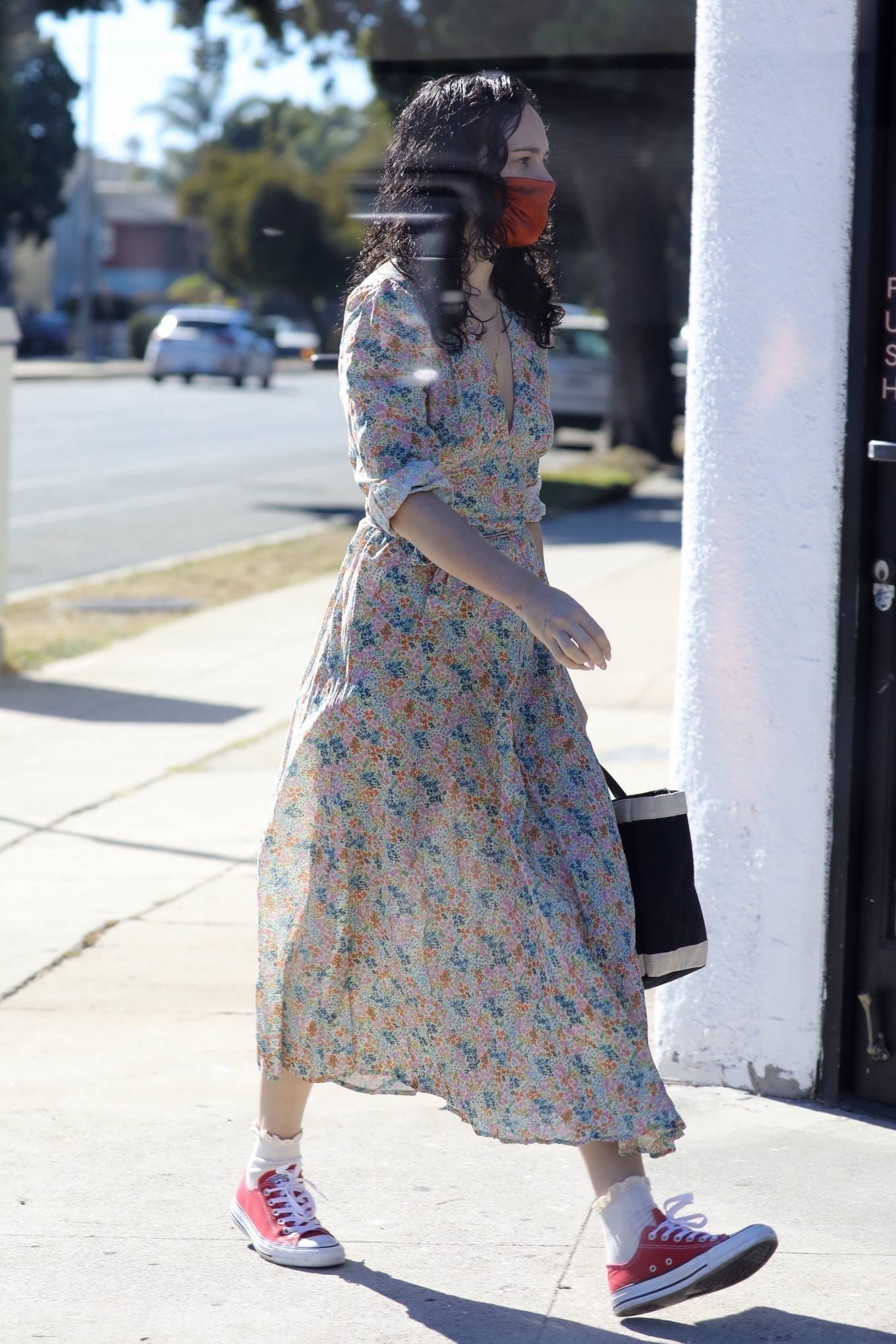 Rumer Willis 2020 : Rumer Willis – In a dress while getting her nails done in Los Angeles-16