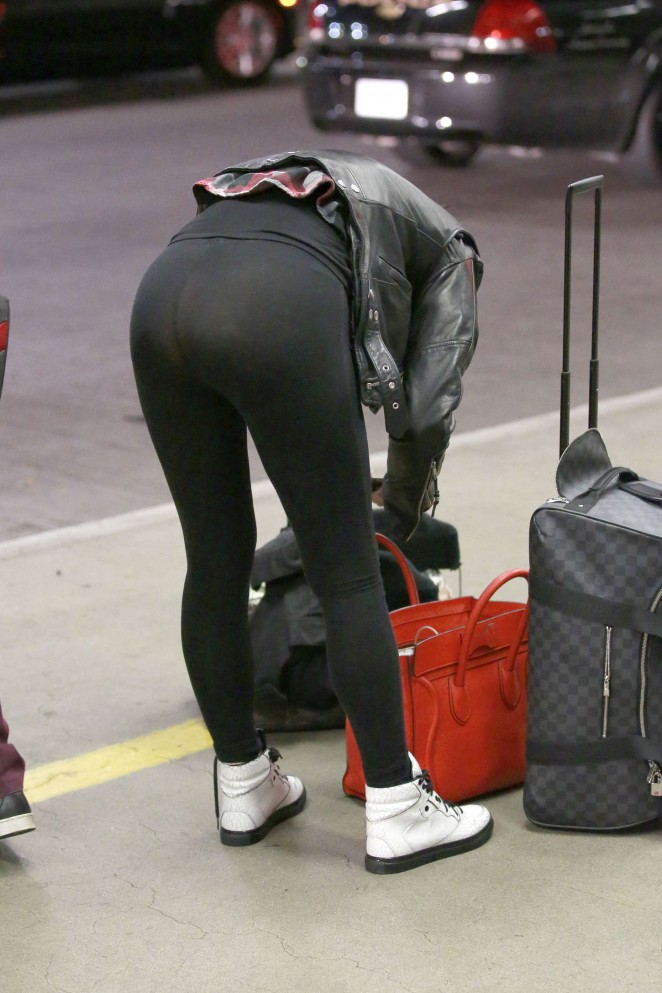 Rumer Willis in Tights at LAX -06