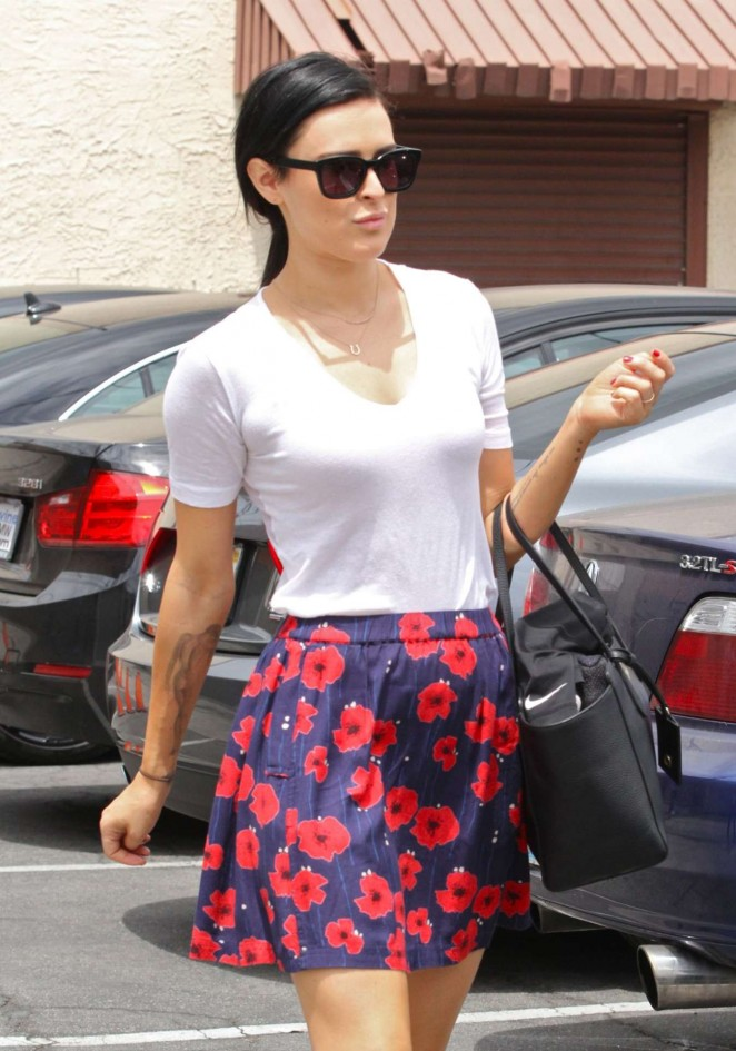 Rumer Willis in Mini Skirt at DWTS Rehearsals in Hollywood