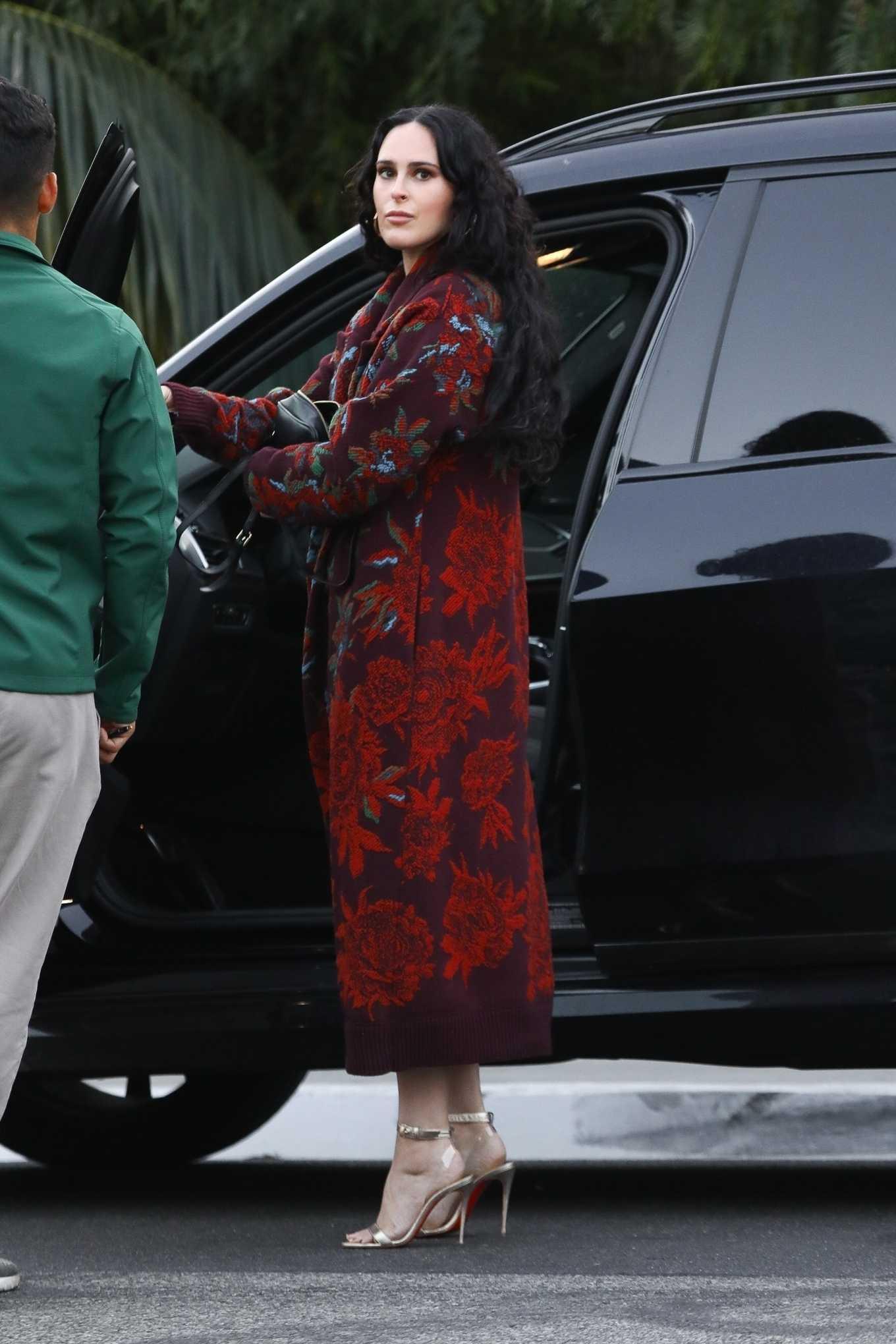 Rumer Willis looks stylish as she arrives for dinner