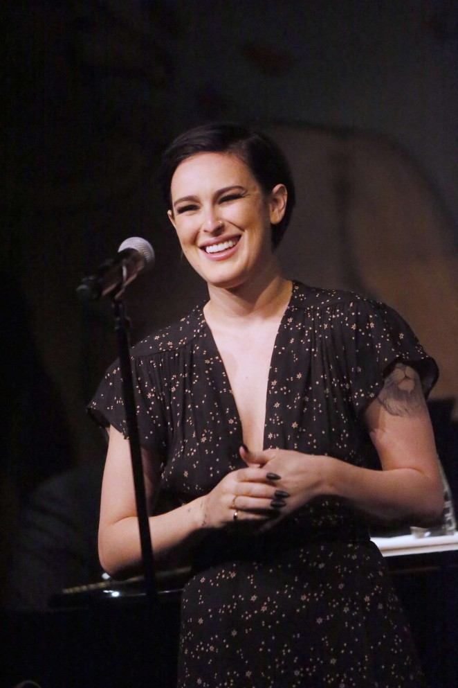 Rumer Willis - Performing at The Cafe Carlyle in New York City