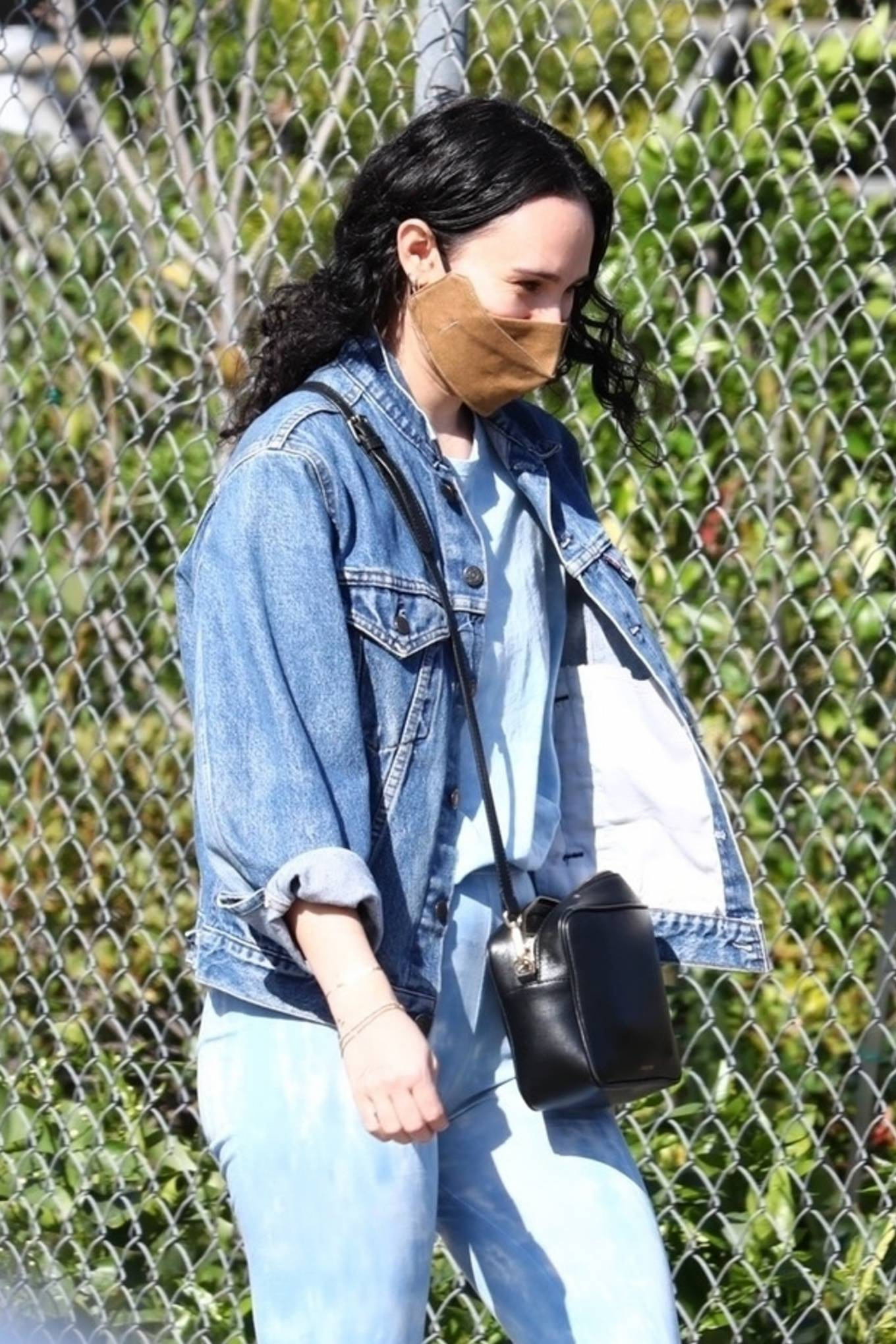 Rumer Willis 2021 : Rumer Willis – Seen with freiend while out in Los Angeles-16
