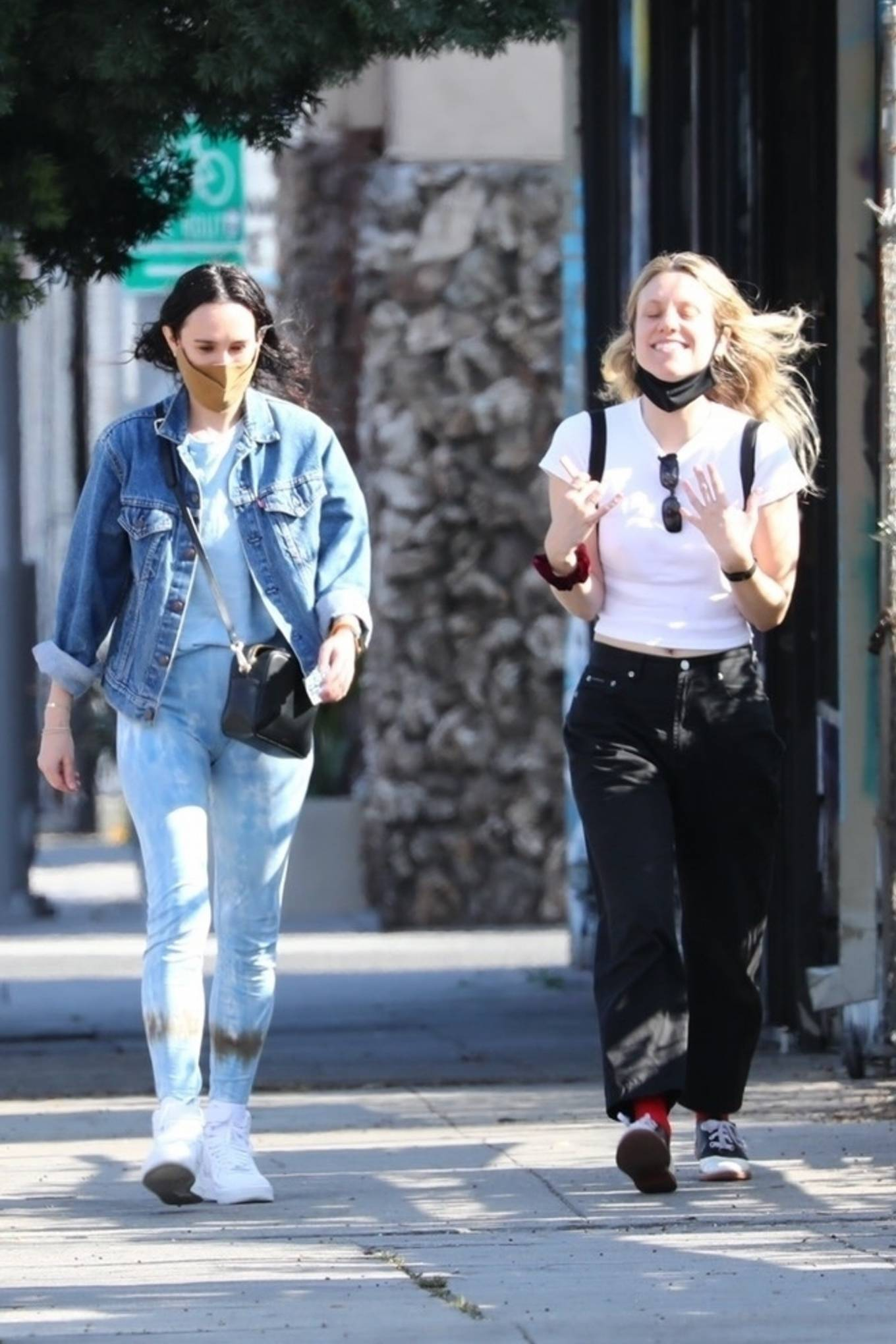 Rumer Willis 2021 : Rumer Willis – Seen with freiend while out in Los Angeles-21
