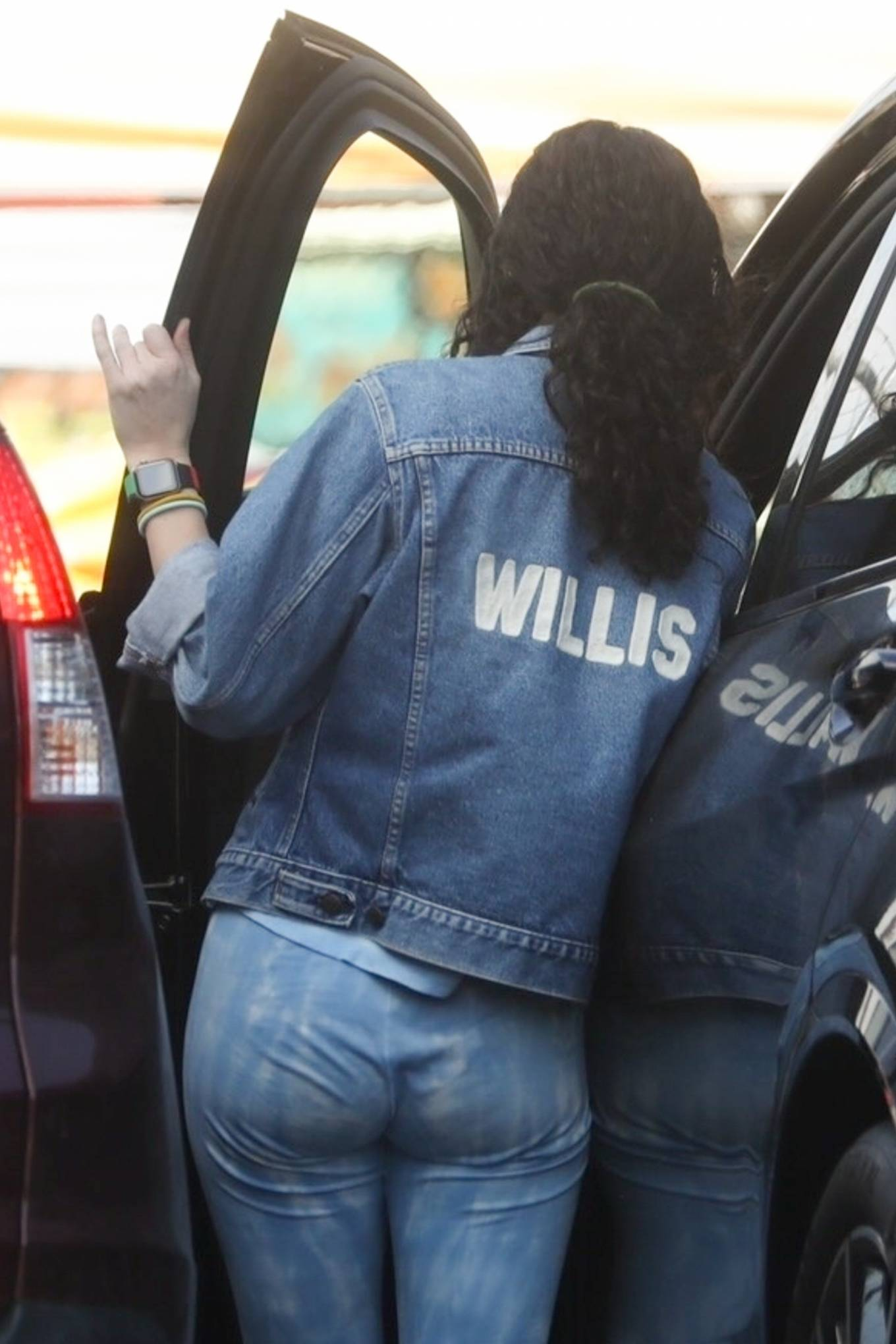 Rumer Willis 2021 : Rumer Willis – Seen with freiend while out in Los Angeles-25