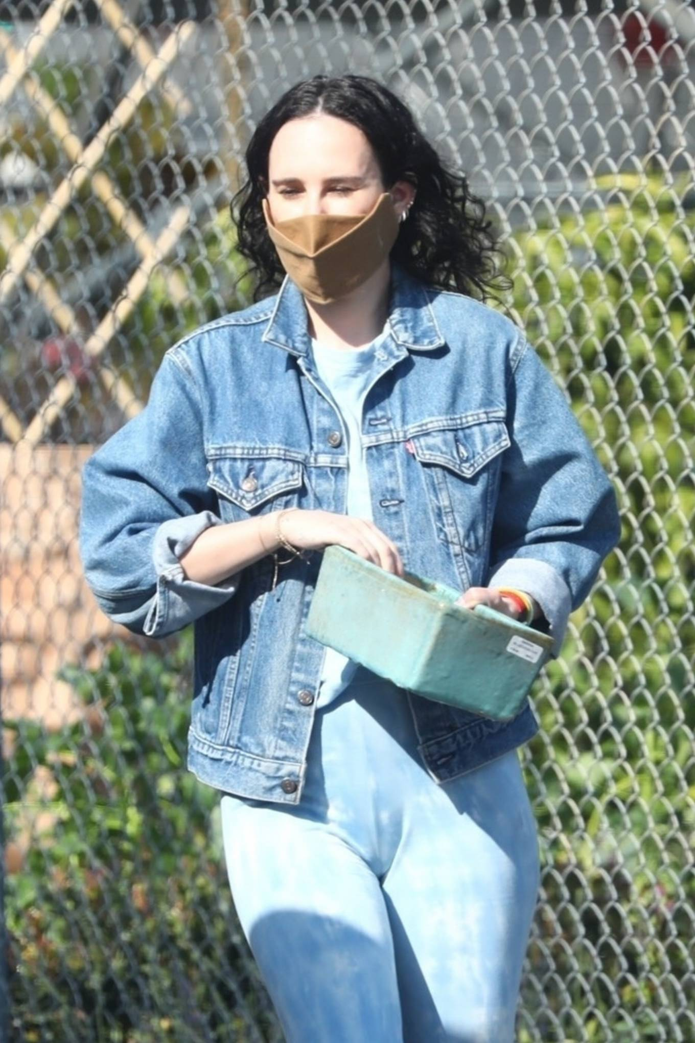 Rumer Willis 2021 : Rumer Willis – Seen with freiend while out in Los Angeles-27