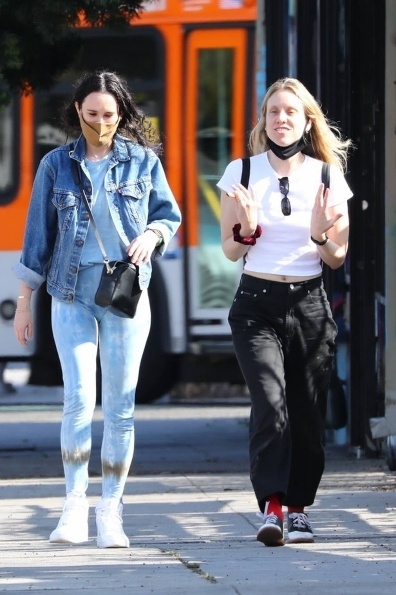 Rumer Willis 2021 : Rumer Willis – Seen with freiend while out in Los Angeles-30