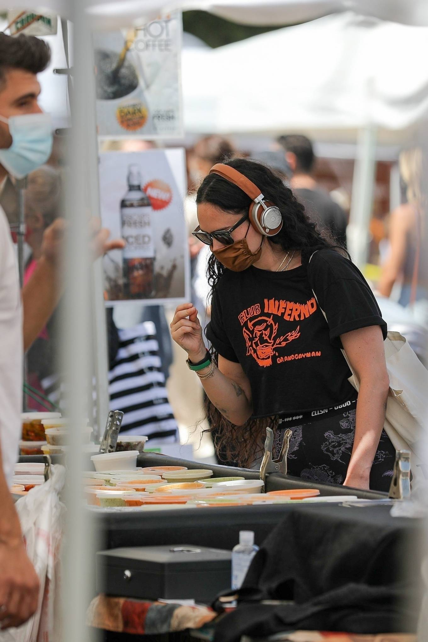 Rumer Willis 2021 : Rumer Willis – Shopping at the farmers market in West Hollywood-09