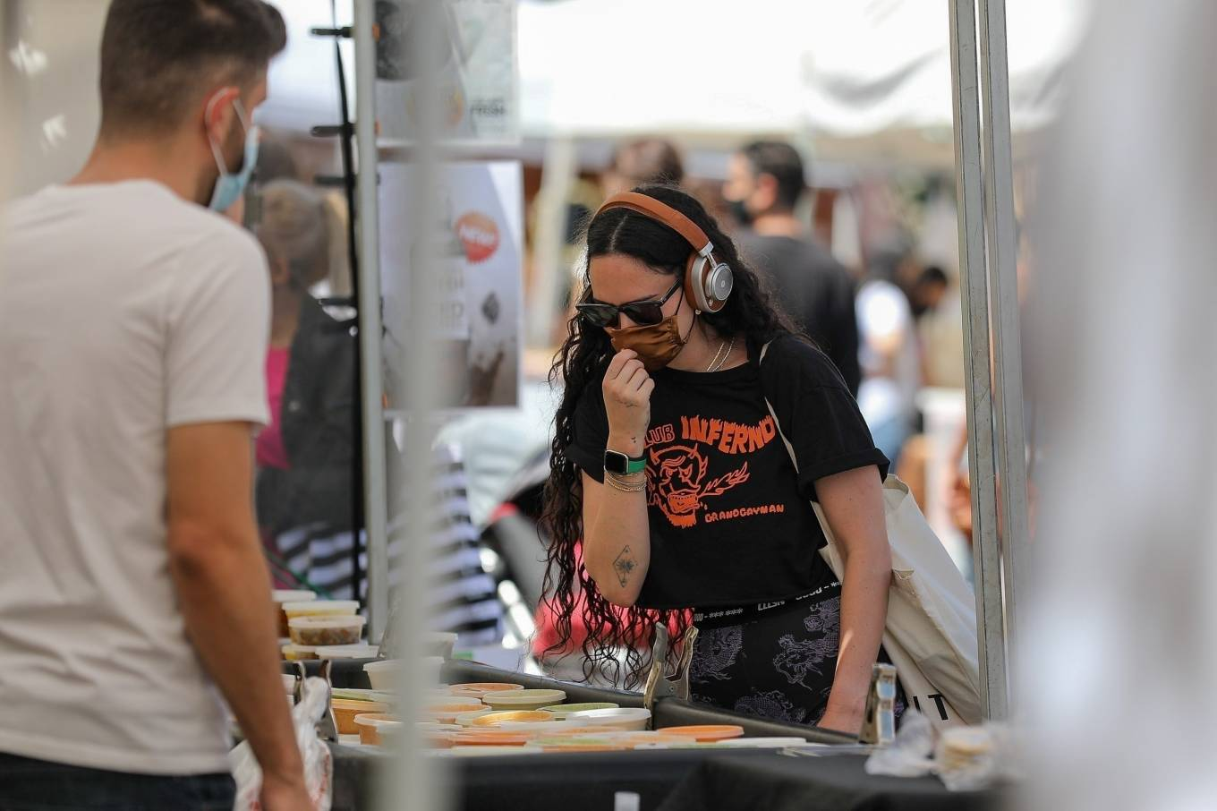 Rumer Willis 2021 : Rumer Willis – Shopping at the farmers market in West Hollywood-15