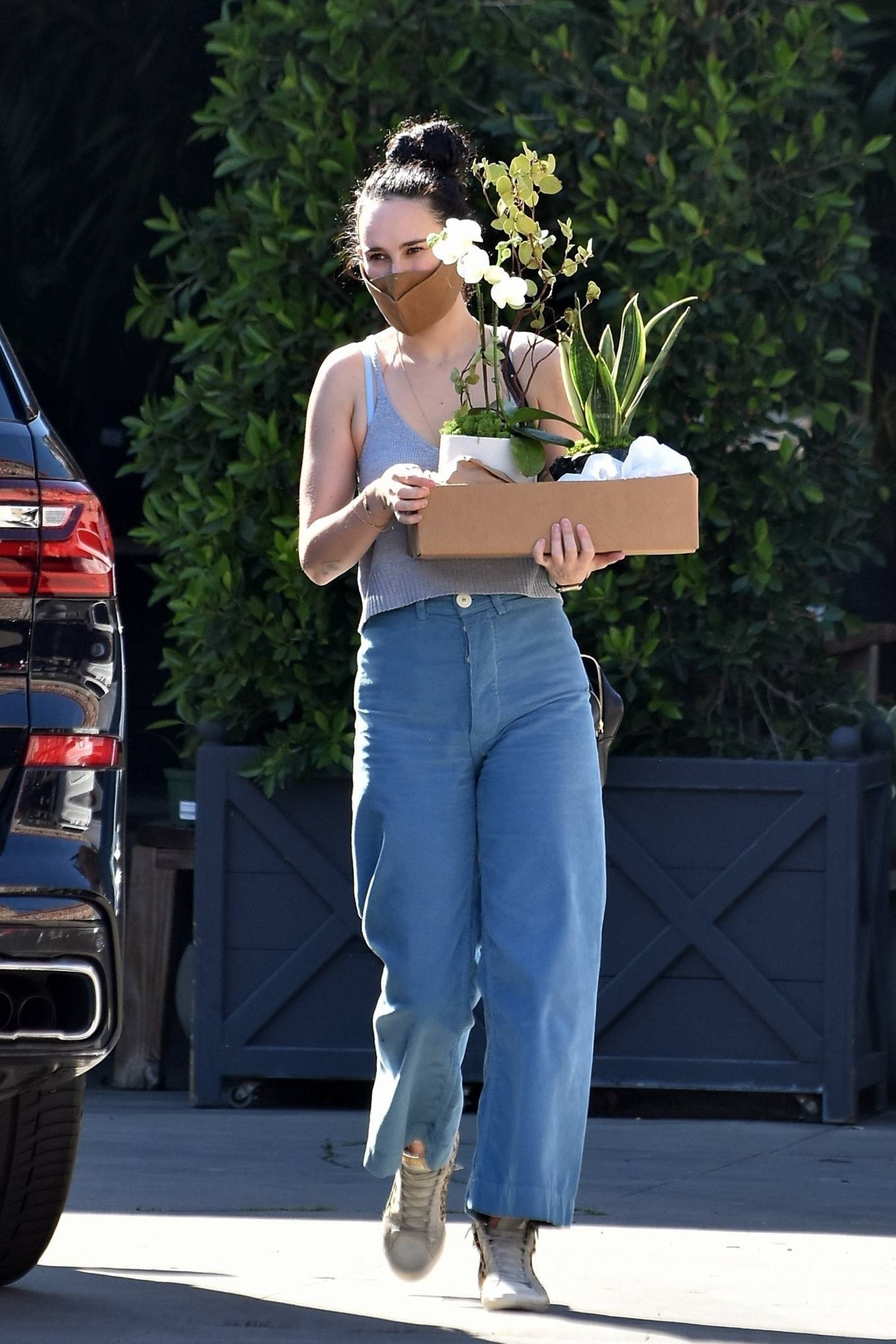 Rumer Willis 2021 : Rumer Willis – Shopping candids at Rolling Greens Nursery in Los Angeles-09