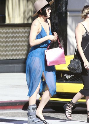 Rumer Willis in Blue Dress Shopping in Beverly Hills