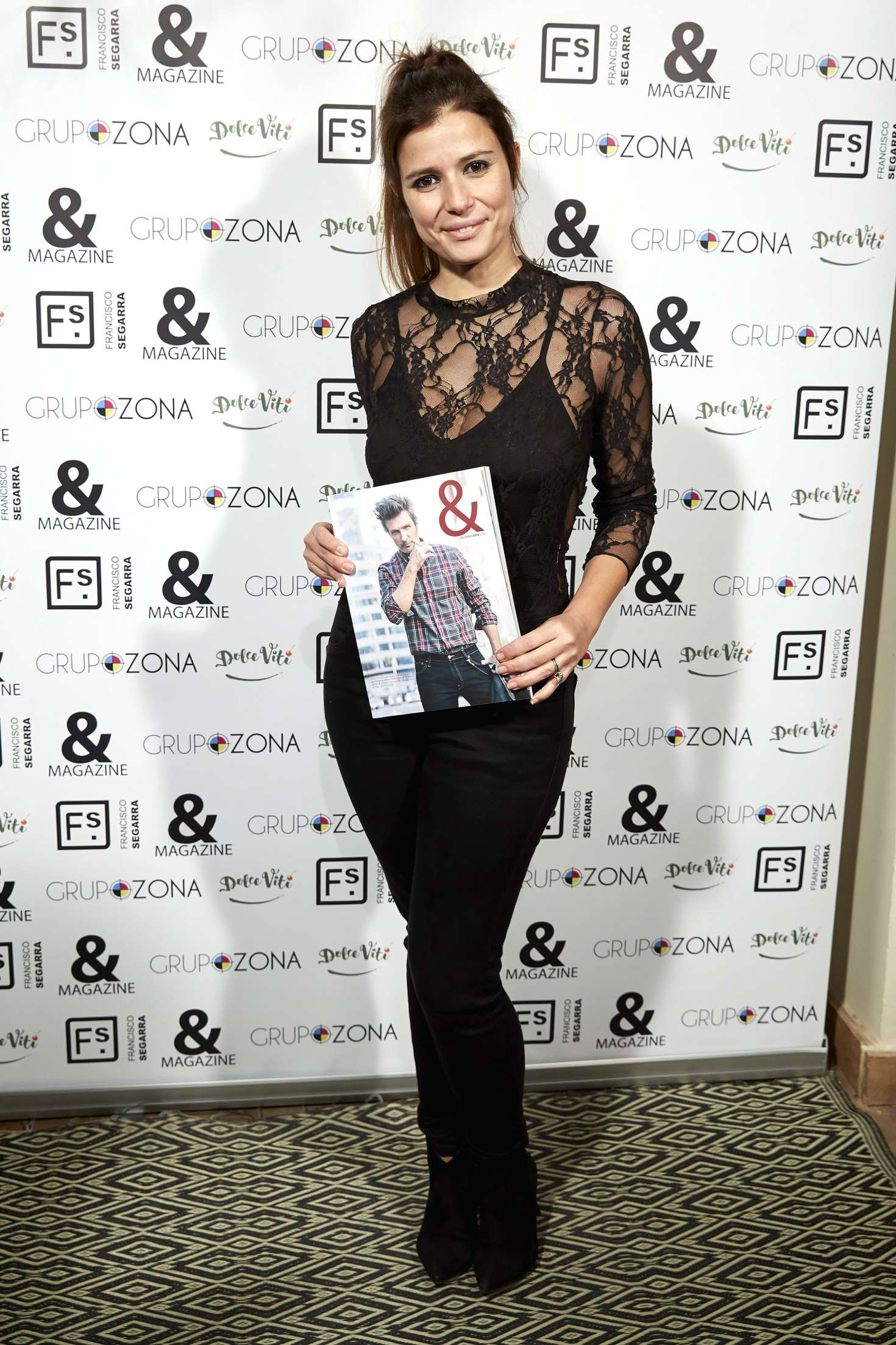 Ruth armas 39 and magazine no 9 39 launch event at - Francisco segarra ...