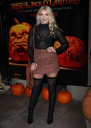 Rydel Lynch - Rise of the Jack O'Lantern in Los Angeles