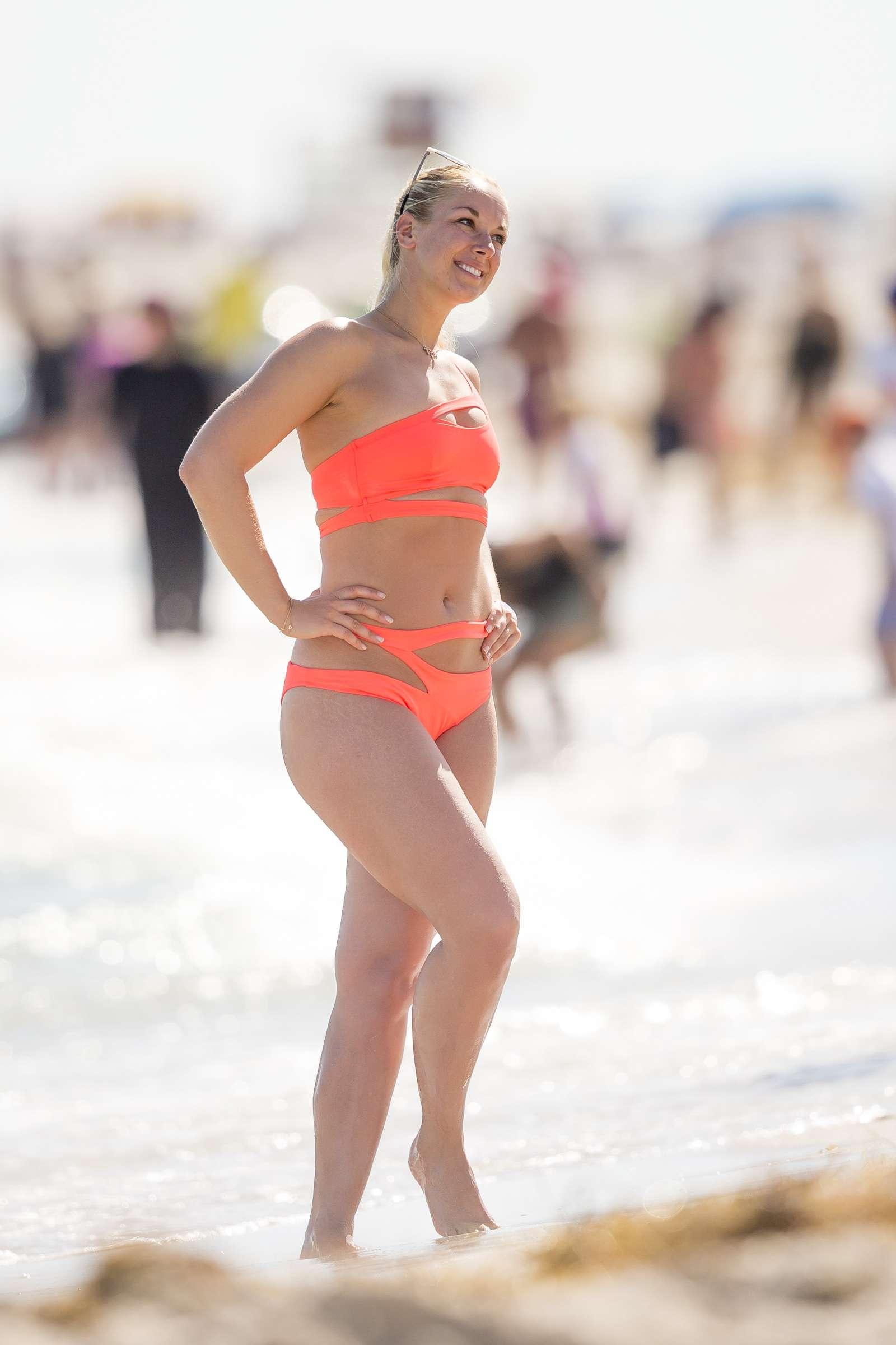 legs Bikini Sabine Lisicki naked photo 2017