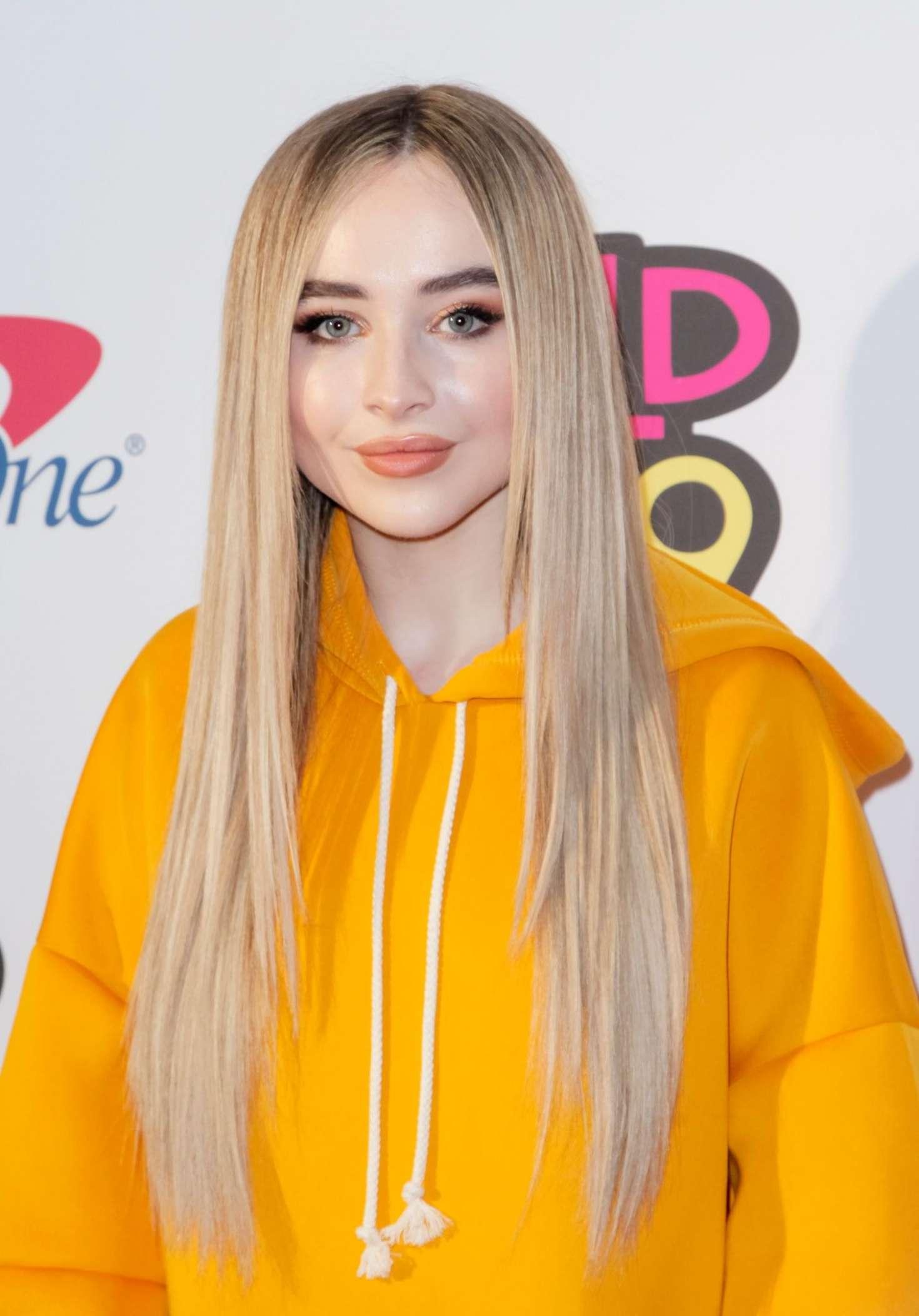 Sabrina Carpenter 2018 : Sabrina Carpenter: 2018 WiLD 94.9s FMs iHeartRadio Jingle Ball -07