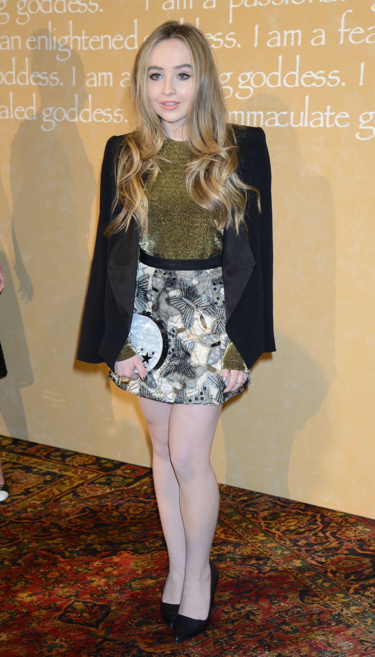 Sabrina Carpenter 2015 : Sabrina Carpenter: Alice Olivia By Stacey Bendet Fashion Show -03