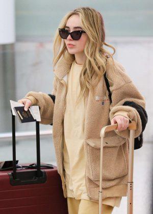 Sabrina Carpenter - Arrives in Sydney
