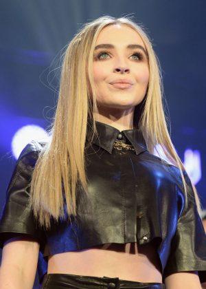 Sabrina Carpenter - iHeart Radio Jingle Ball Performance in Rosemont
