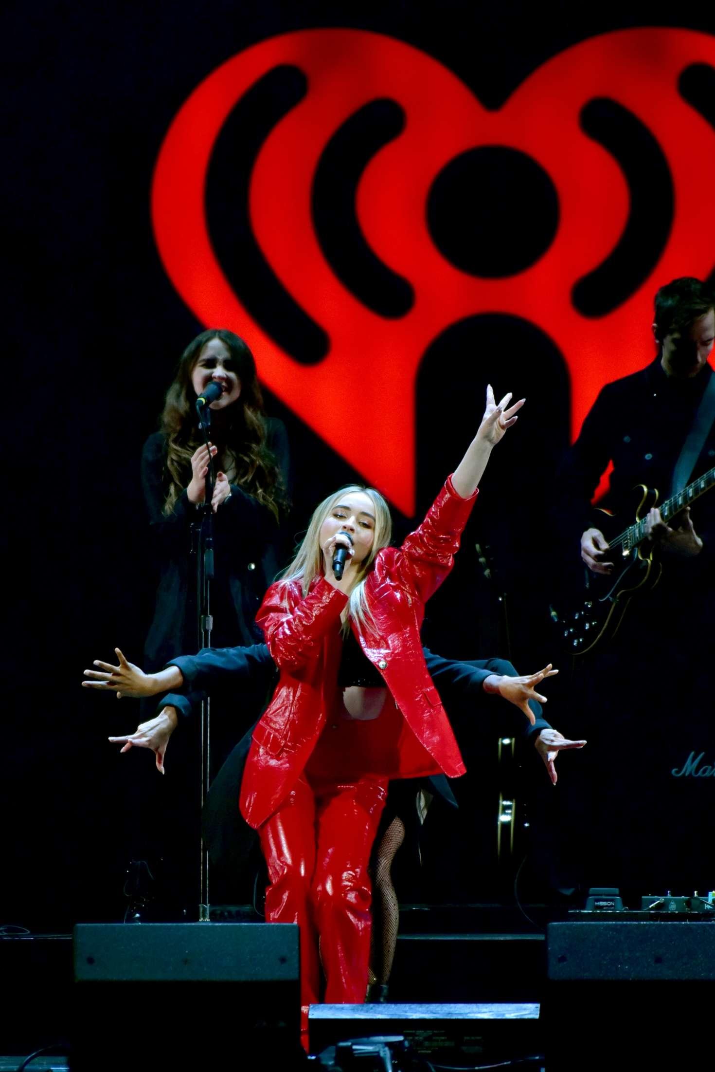 Sabrina Carpenter 2018 : Sabrina Carpenter: iHeart Radio Jingle Ball Performance -02