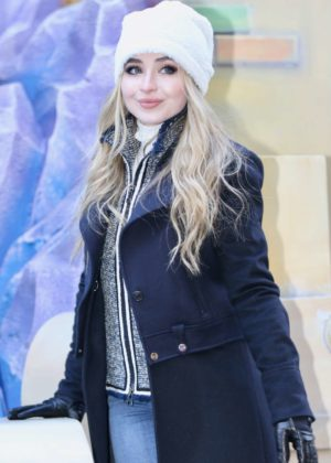 Sabrina Carpenter - Macy's Thanksgiving Day Parade in NYC